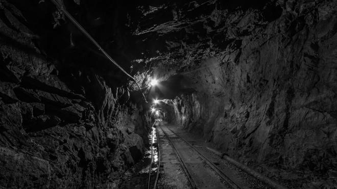 На шахте в Кузбассе из-за землетрясения пострадали два горняка