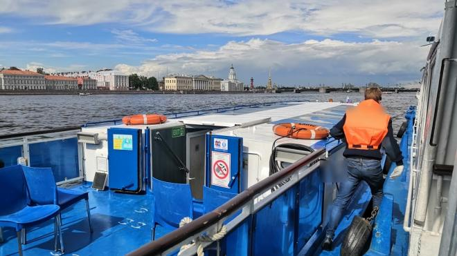 Транспортная полиция Петербурга признала нарушителями 8 из 11 прогулочных теплоходов