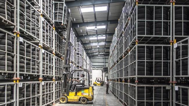 В Петербурге возобновили строительство крупнейшего в Европе склада промопродукции