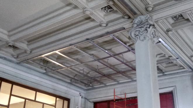 За самовольные работы в вестибюле Витебского вокзала РЖД выписали штраф на 200 тысяч рублей