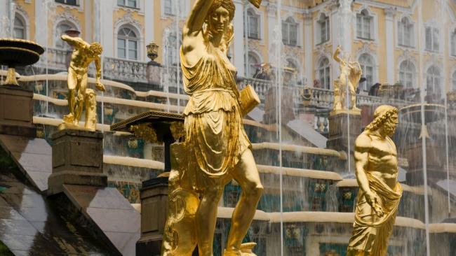 """ГМЗ """"Петергоф"""" рассказал о продаже липовых билетов на праздник фонтанов"""