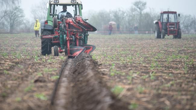 В России зафиксировали ажиотажный спрос на сельхозтехнику