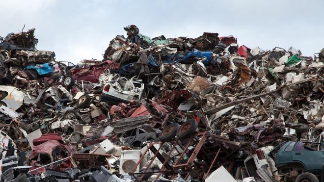 Александр Дрозденко в Instagram рассказал, когда Ленобласть начнет мусорную реформу