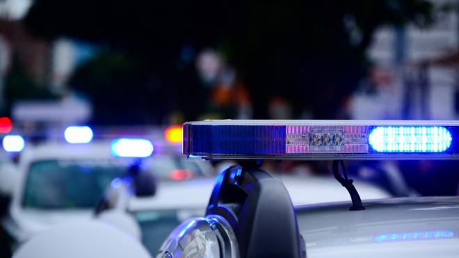 После аварии с тремя пострадавшими, грузовик уехал с места происшествия