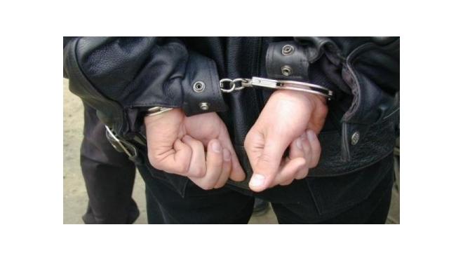 Частного охранника в Петербурге подозревают как минимум в двух случаях насилия