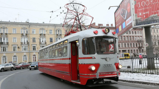 "Трамвай-""Стиляга"" прокатит влюбленных петербуржцев 14 февраля"