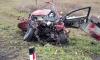 На трассе Екатеринбург - Тюмень легковушка протаранила грузовик, погибли 3 человека