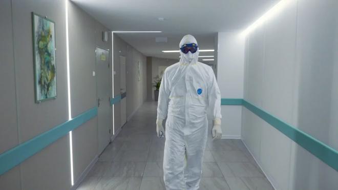 Уровень заболеваемости коронавирусом в Петербурге приблизился к плато
