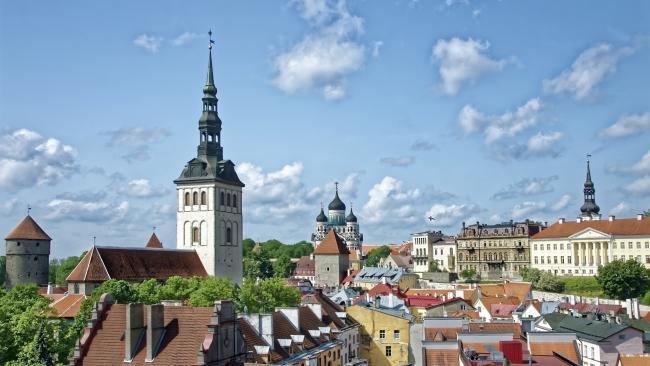 Эстония решила на месяц резко усилить меры карантина против COVID-19