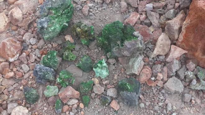 Ученые СПбГУ открыли три новых минерала на Камчатке