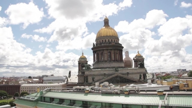 На звонницу Исаакиевского собора все-таки подняли 17-тонный колокол