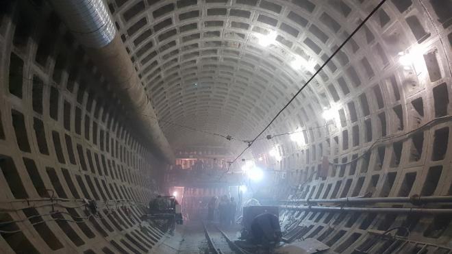 """Метростроители завершили проходку тоннеля до границы станции """"Казаковская"""""""