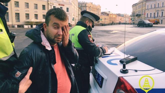 """Пьяный водитель, """"знакомый"""" с Бегловым, угрожал инспекторам ДПС при задержании"""
