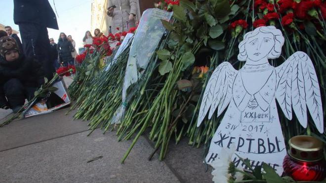 Фигурантам дела о теракте в метро Санкт-Петербурга продлили срок ареста