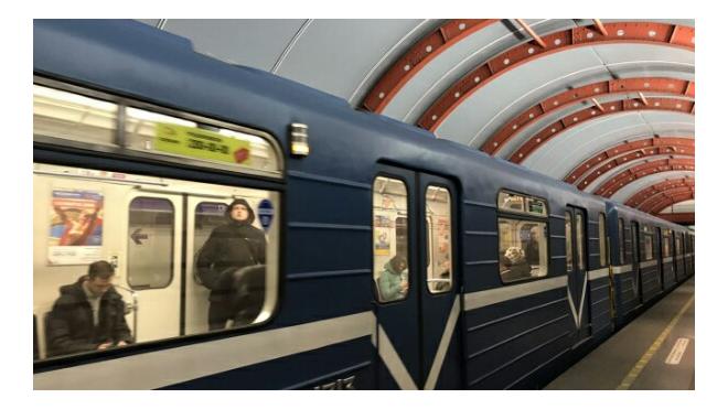 """Станцию метро """"Старая деревня"""" закрывали на час"""