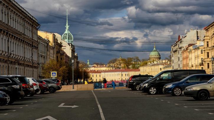 Денежное вознаграждение получат водители за свободное парковочное место