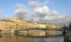 Консул Китая разбил голову об опору моста в Петербурге