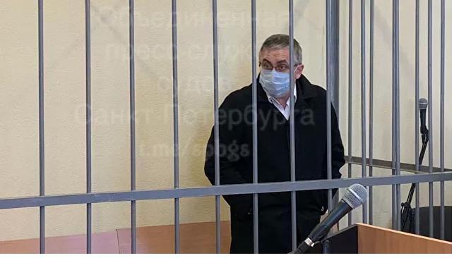 Обвиненный в убийстве нефролог из Петербурга отказался от дачи признательных показаний