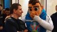 Талисман Евро-2020 прокатился в петербургском метро