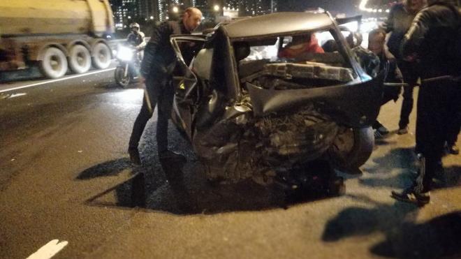 На севере Петербурга произошла массовая авария