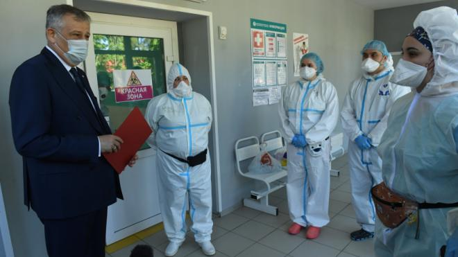 Александр Дрозденко призвал наградить причастных к борьбе с коронавирусом