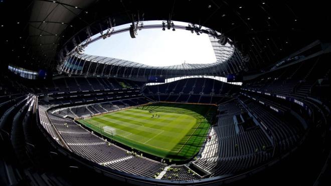 Мэр Лондона выступает против проведения матчей АПЛ в столице Великобритании