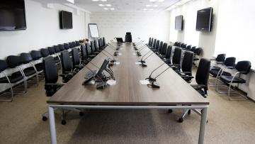 Жилищный комитет провёл круглый стол на тему «Новые подходы в подготовке кадров для ЖКХ и воспитание грамотных потребителей услуг ЖКХ