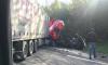 На Мурманском шоссе столкнулись фуры: один водитель погиб