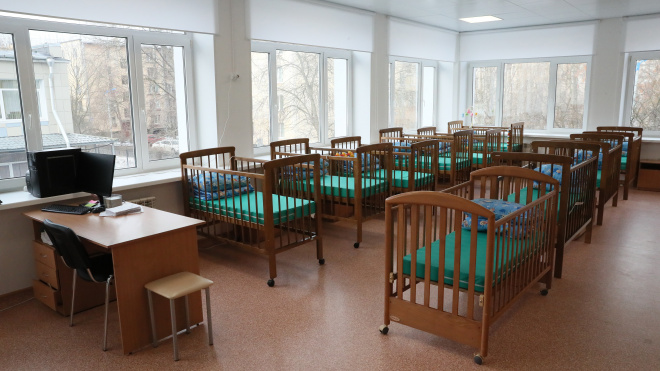 Губернатор приехал с визитом в центр реабилитации малышей в Кировском районе