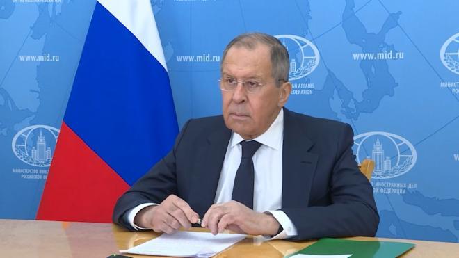 Лавров выступил за отказ России от западных платежных систем