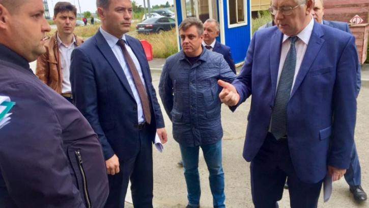 Виктор Борщев провел совещание по вопросам ввода в эксплуатацию многоквартирных домов