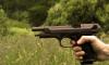Москвич открыл стрельбу по прохожим из окна дома