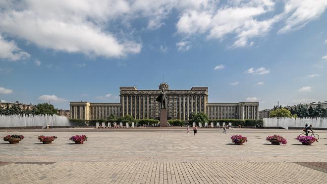 """""""Водоканал"""" и правоохранители будут пресекать попытки залезть в фонтаны в день ВДВ"""