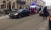 """В центре Петербурга водитель """"Мерседеса"""" подрался с медиками"""