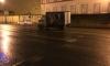 Грузовик с мороженым потерял колесо на Каменноостровском проспекте