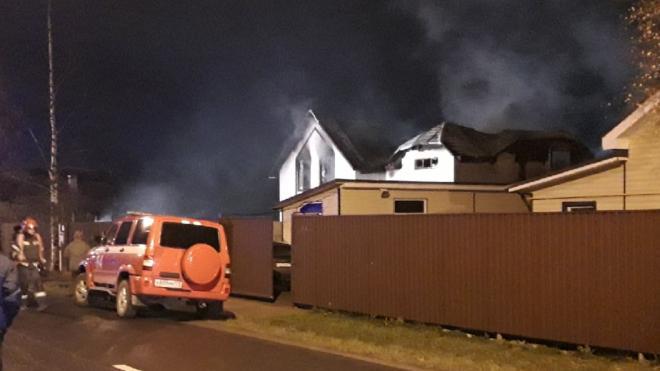 В пожаре в Красносельском районе погибли три человека и трое пострадали