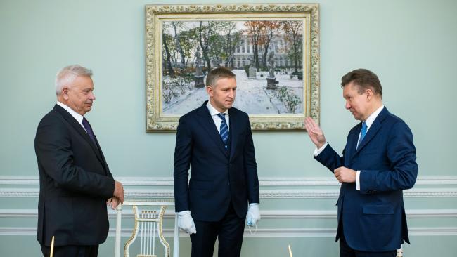 """Инвестиции СП """"Газпрома"""" и """"Лукойла"""" в освоение двух месторождений в НАО составят 200 млрд рублей"""