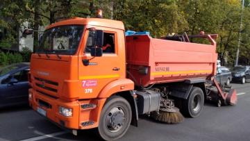 За неделю с улиц Петербурга вывезли 2,3 тысяч тонн ...