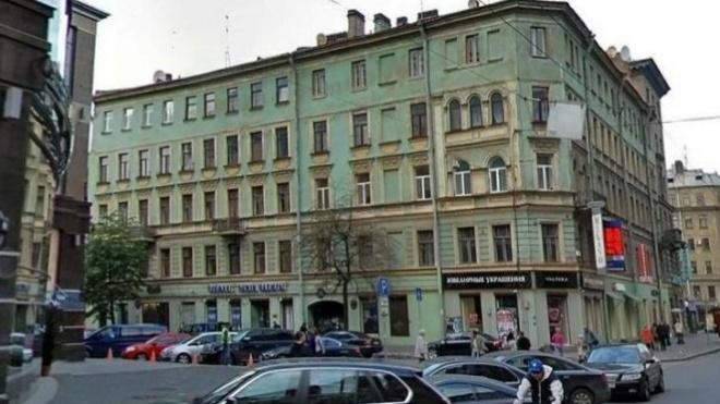 """На Лахтинской улице появился первый """"Дом образцового содержания"""""""