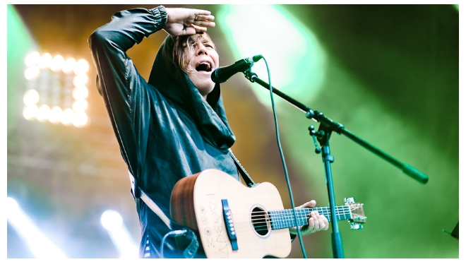"""Сбербанк приглашает петербуржцев на заключительный концерт марафона Red Rocks Festival и """"Фестиваль ледолазания"""" в Олимпийском Сочи"""
