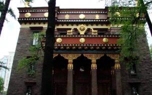 Петербургский Дацан реконструирует дворцовый флигель за счет добровольных пожертвований