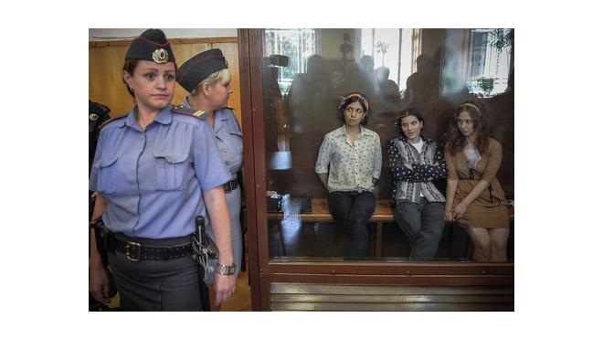 Два года колонии отмерил суд девушкам из Pussy Riot. Вспомним всё, что было
