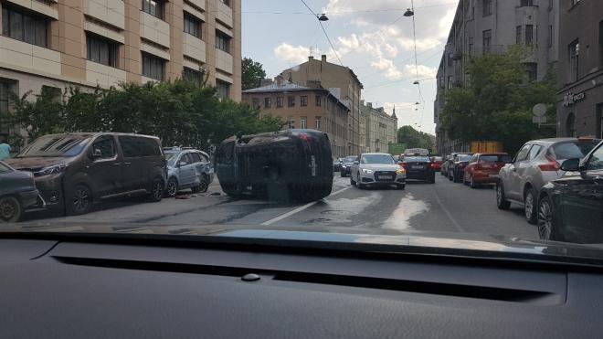 В авариях Петербурга и области за прошедшие сутки пострадали 26 человек
