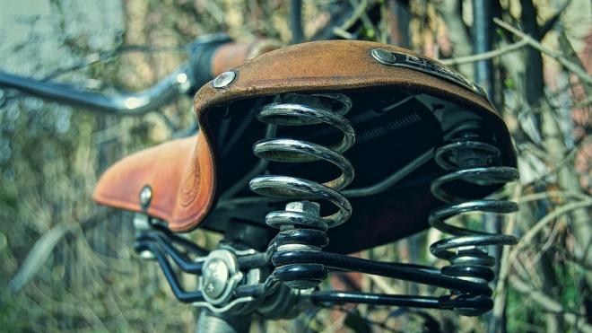 Велосипедист насмерть сбил пенсионера на Загородном проспекте