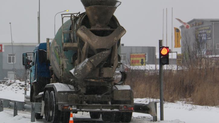 Проезд по Цимбалинскому путепроводу исключен из маршрутов движения большегрузов