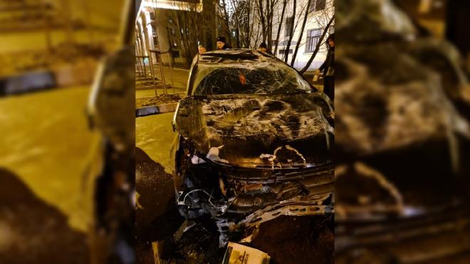 LADA Granta влетела в забор на Кировской площади