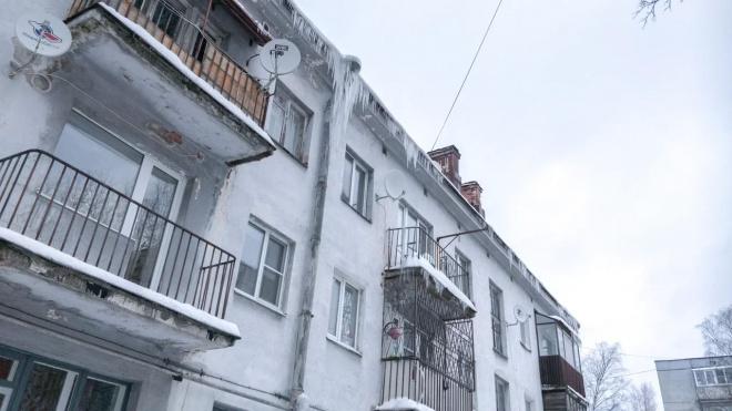 Жилищный комитет: в шести районах Петербурга нашли нарушения в работе по уборке снега