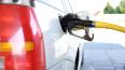 На петербургской бирже резко выросли цены на бензин
