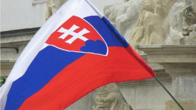 Премьер Словакии просит как можно скорее снять санкции с России