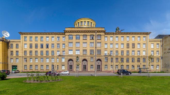 Академия Можайского отсудила у бывшего нерадивого студента 350 тысяч рублей